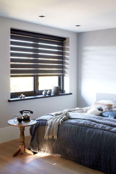 Raamdecoratie voor slaapkamer uitkiezen - Slaapkamer houten ...