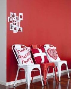 Rood op de muur