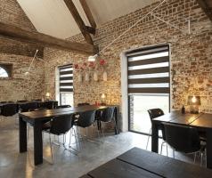 Duorolgordijn in restaurant met super gave uitstraling