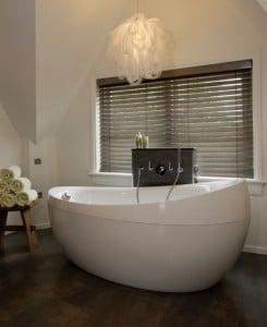 badkamerjaloezie hout