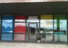 Gekleurde rolgordijnen klanten