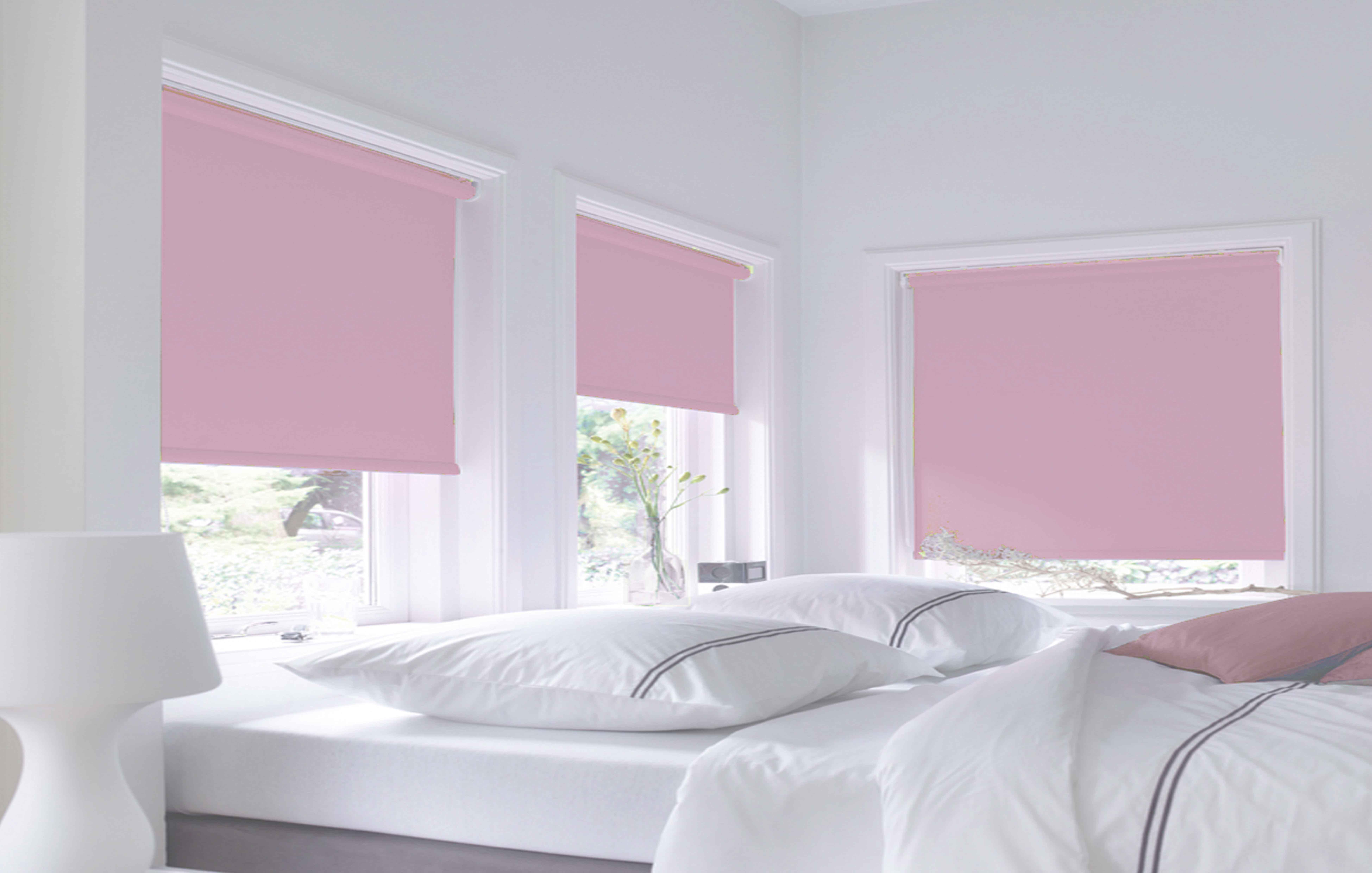 slaapkamer rolgordijn lichtroze