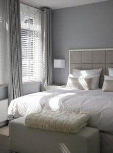 Raamdecoratie in de slaapkamer