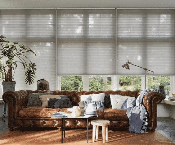 Duette licht grijs woonkamer