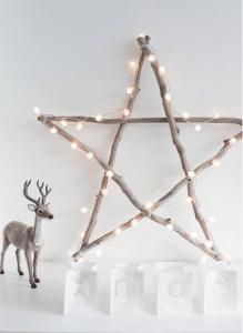 kerstster van takken en licht